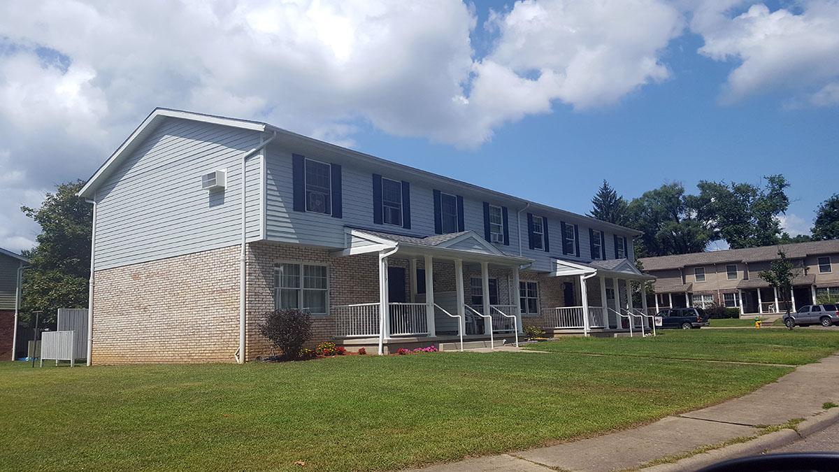 Adams Circle - Zanesville Metropolitan Housing Authority